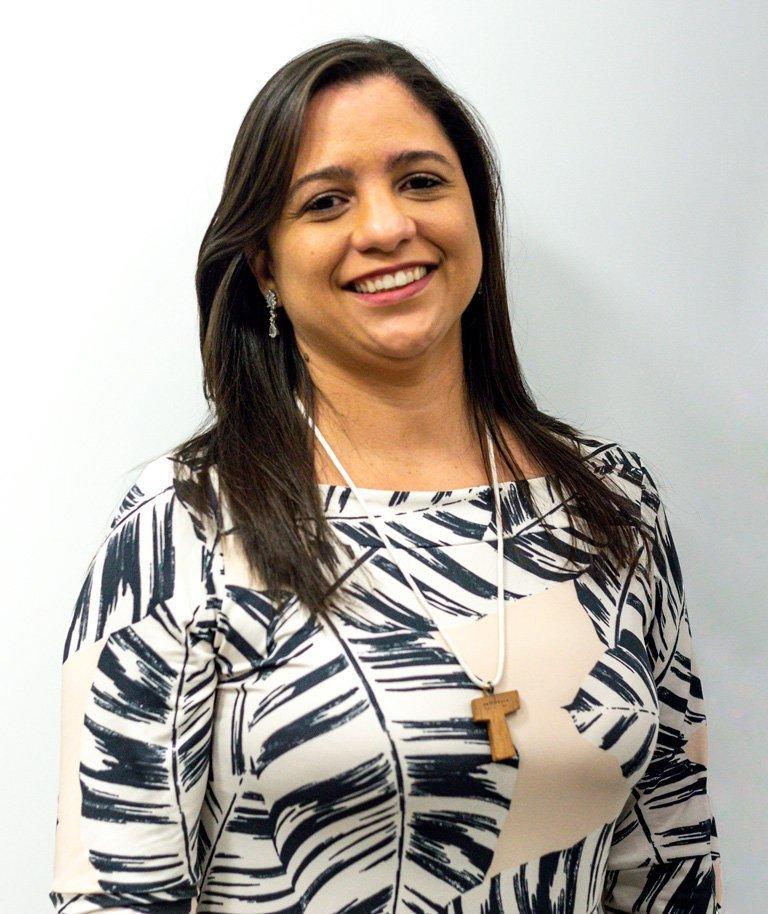 Carine Maria C. Santos Borges