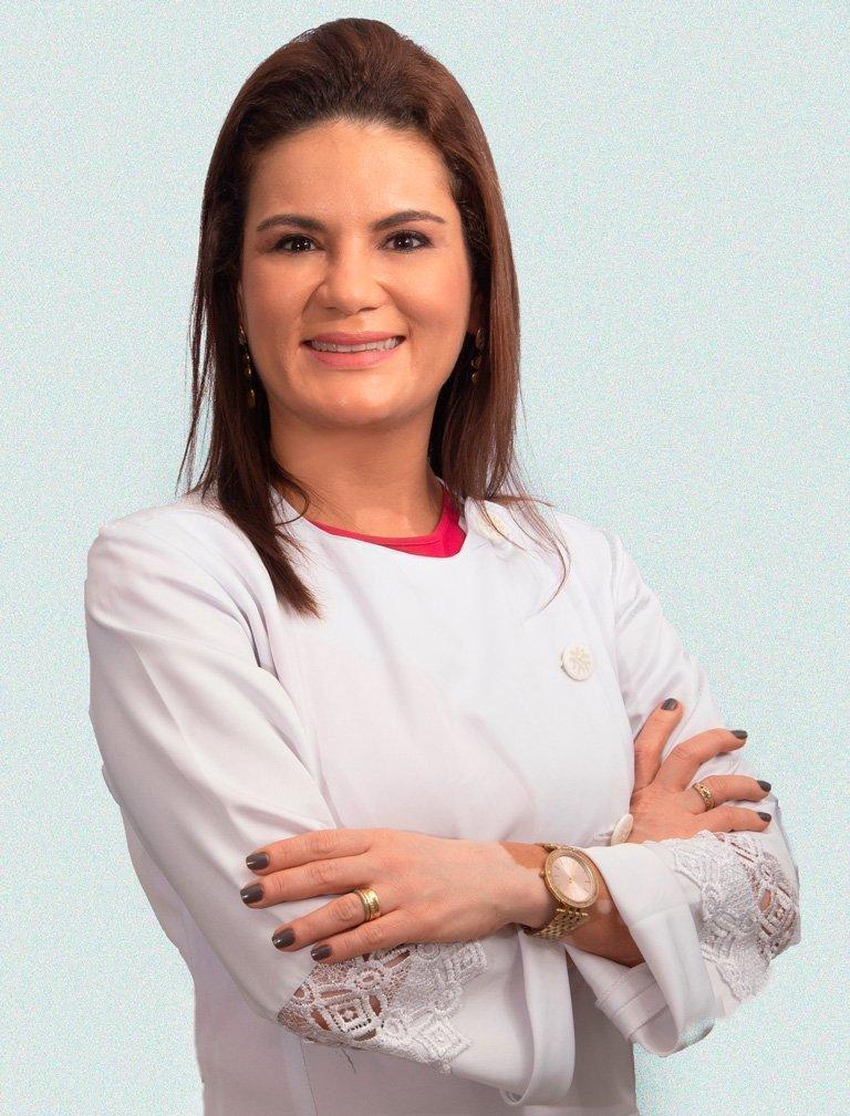 Dra. Carine Veloso e Carvalho