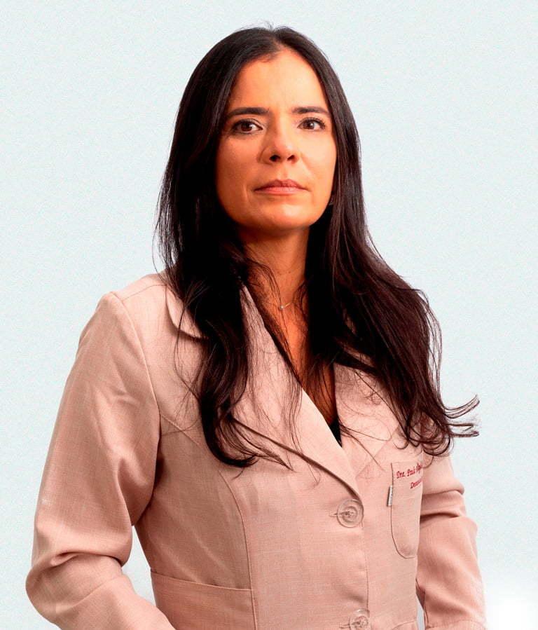 Dra. Paula Magalhães Neves Soussa